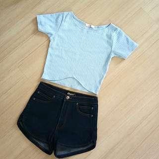 Crop top + short jeans
