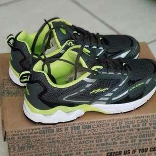 Running Shoes perfect murmer! (Baca description peeps!)