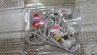 Hello Kitty earphone