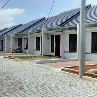 Rumah cluster dijual murah dekat jalan raya jatikramat dan angkutan umum