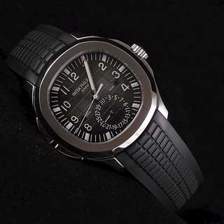 Patek Philippe Aquanaut 5164A TravelTime
