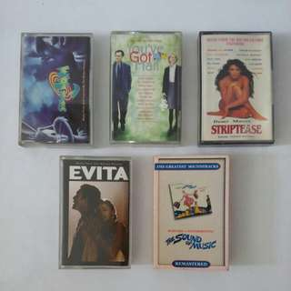 5 buah kaset soundtrack film