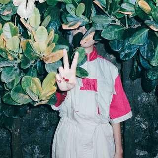 售出__✼紫紅肩章連身褲✼日本混棉布料 淺米黃中性工作褲 翻蓋多口袋 透氣 短袖立領工裝賽車服 長褲 古著Vintage