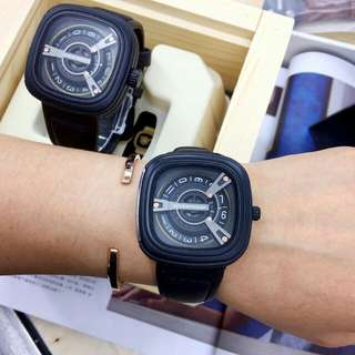 Sevenfriday couple add RM40 for wooden box