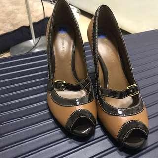 NEW vintage looking Etienne Aigner shoes