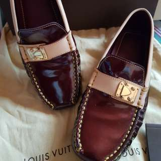 [REPRICED] AUTHENTIC LOUIS VUITTON LOAFER SIZE 6