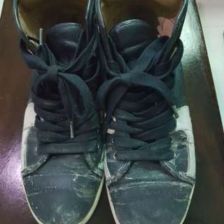 Charles&keith shoes ori!