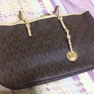 Authentic Mk full bag..travel bag etc..