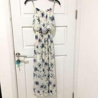 maxi dress / dress pantai