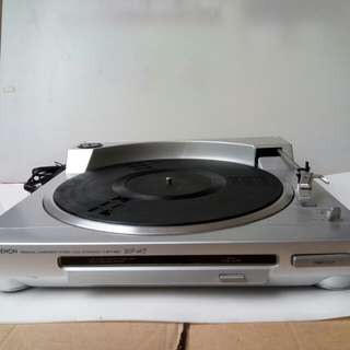 Denon full automatic turntable