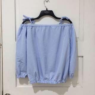 sabrina biru muda