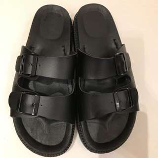 Black platforms sandals