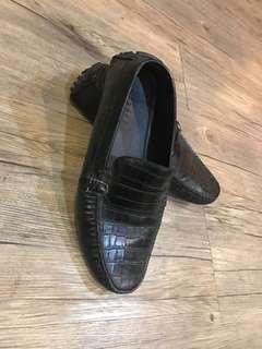 Pedro black croco slippers