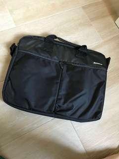 Lenovo 15吋電腦袋