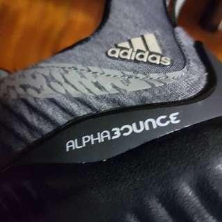 Adidas Alphabounce US 8