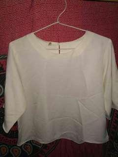 Baju putih crop