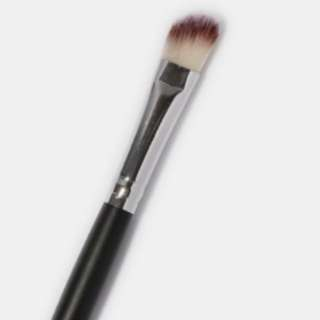 BN E111 ANGLED SHADER BRUSH