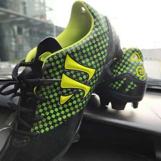 Not Adidas Soccer Boots but warrior gambler