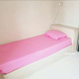 Redhill MRT room rental