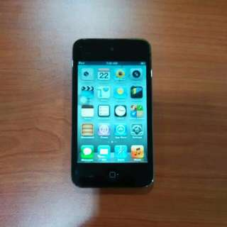 64GB iPod touch 4th Gen