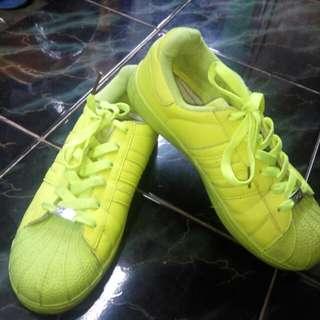 Preloved adidas superstar stabilo made in Vietnam