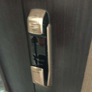 Samsung Push Pull Digital Lock with installation