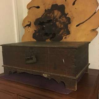 Antique chest box