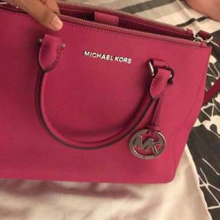 Michael Kors Sutton Medium