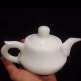 {FS138} white jade teapot 汉白玉茶壶