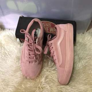 Class A VANS  once used lang nice jud siya maka inlove in person Size 36 or 6