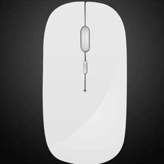 白色無線滑鼠