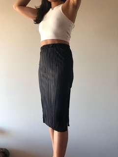 BARDOT - Penelope Pleat Skirt