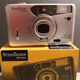 Vintage Film 35mm Camera steinzeiser (BNIB)