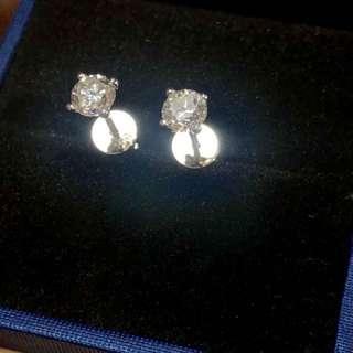 天然鑽石耳環,冇證約F色好火🔥,共63份,只售5500
