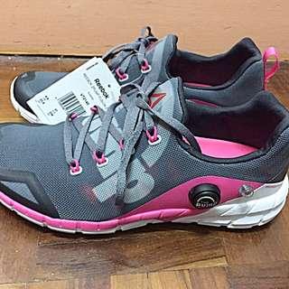 Brand New Reebok Women ZPump Fusion 2.0 Sports Running Shoes 全新運動跑步🏃♀️鞋👟