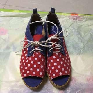 Brand new polka dot platform shoes