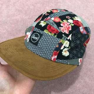 🚚 SQUAD 麂皮五片帽