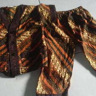 baju batik 4-8 bln