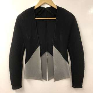 Issey miyake black and gray cardigan size 2