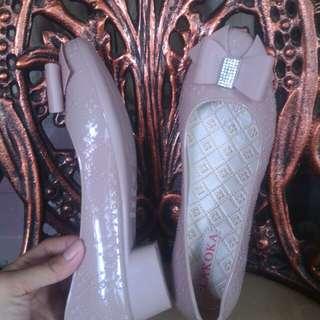Jelly shoes pita