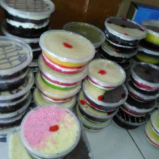 Brownis Kekinian,Rainbow,Blackforest,Lava