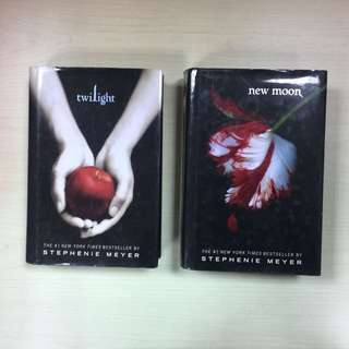 Twilight Saga (2 Hardbound,  2 Paperback)