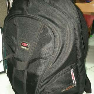 Bao Luo photography professional backpack