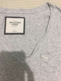 Abercrombie and Fitch Gray Basic T-Shirt
