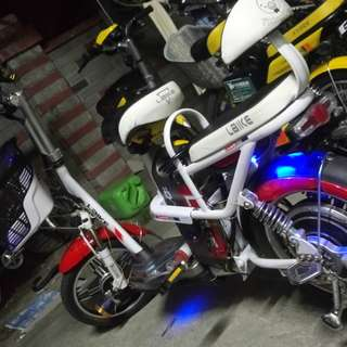 5 months old laike ebike with helmet and cover good condition 35kph