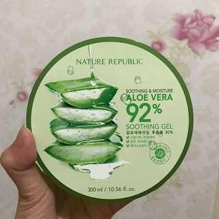 Nature Republic Soothing & Moisture Aloevera 92%