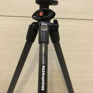 Manfrotto Carbon Fibre Tripod (190CXPRO3) For Sale