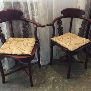 Set of half-moon table and two chairs