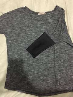 Pull and Bear 3/4 Sleeved Top