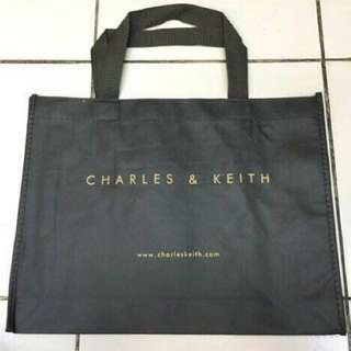 Dust bag Charles and Keith